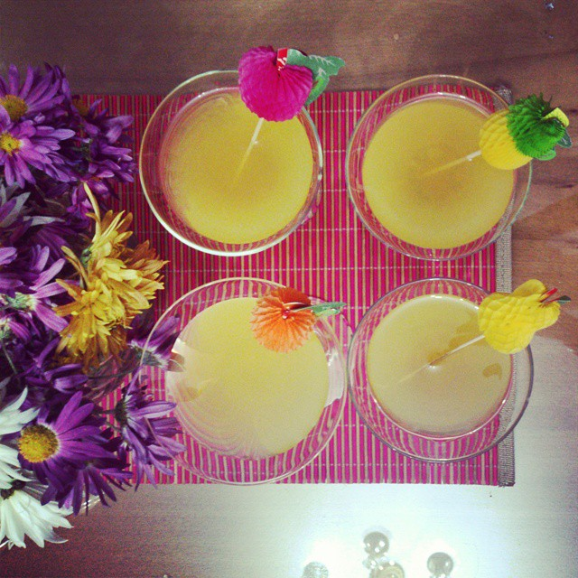 Coconut and pineapple drinks! My favorites! ? ? ? #coconut #pineapple #cocktails #drinks #delicious #party #flowers #malibu