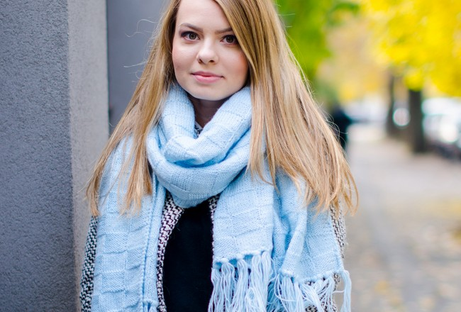sheinside coat blue scarf black outfit 4c