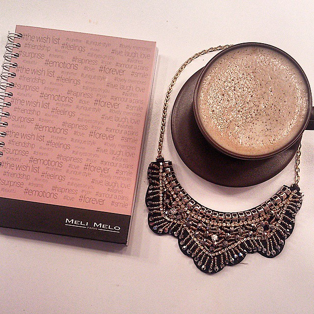 Thank you, @meli_melo_paris for this pretty gift! #melimelo #necklace #statement #jewelry #notebook #pinkwishblog #coffee