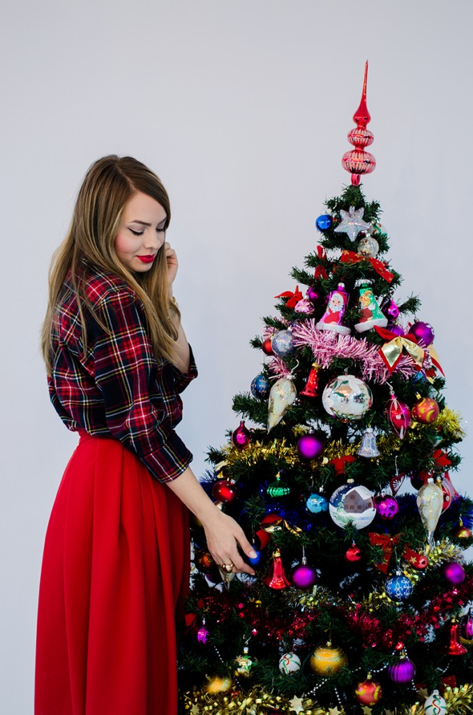 christmas-outfit-red-tartan