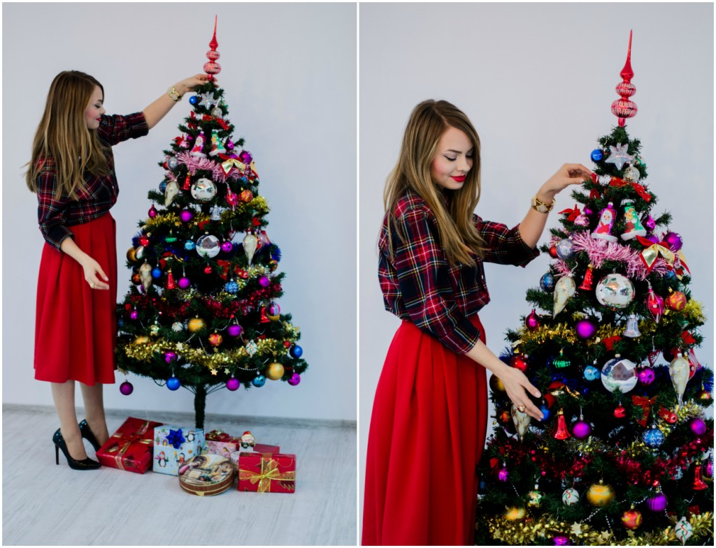 christmas-tree-red-outfit