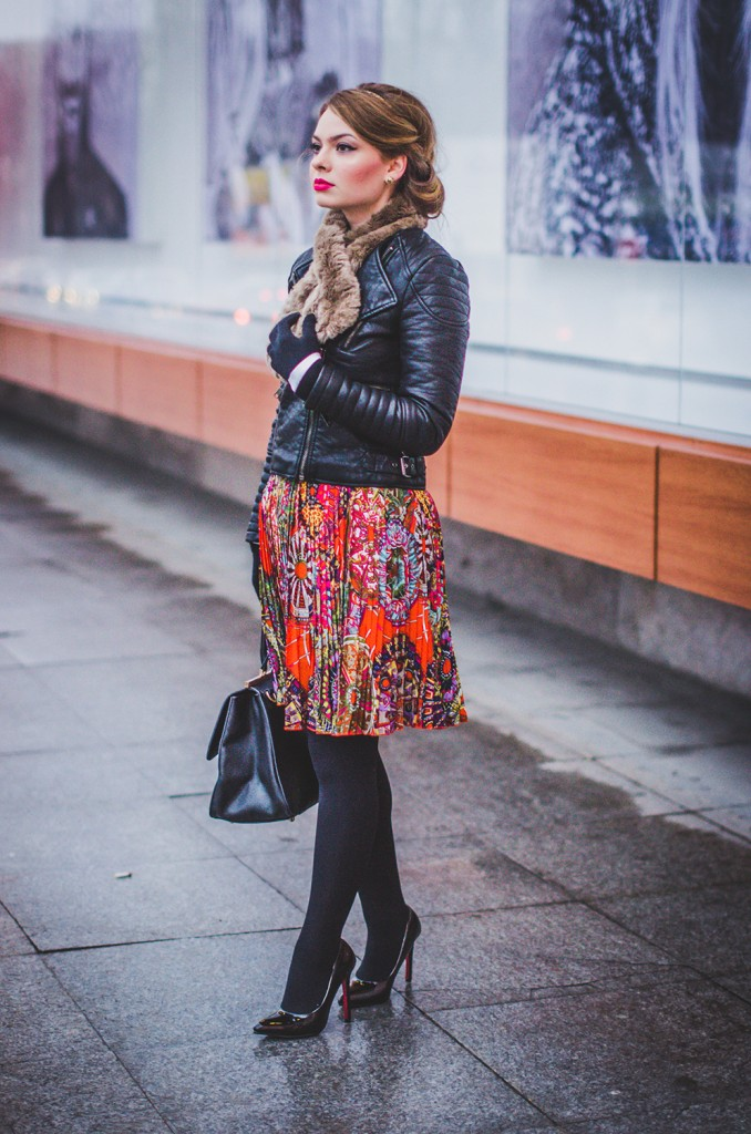 feminine winter outfit japanesse skirt leather jacket fur collar