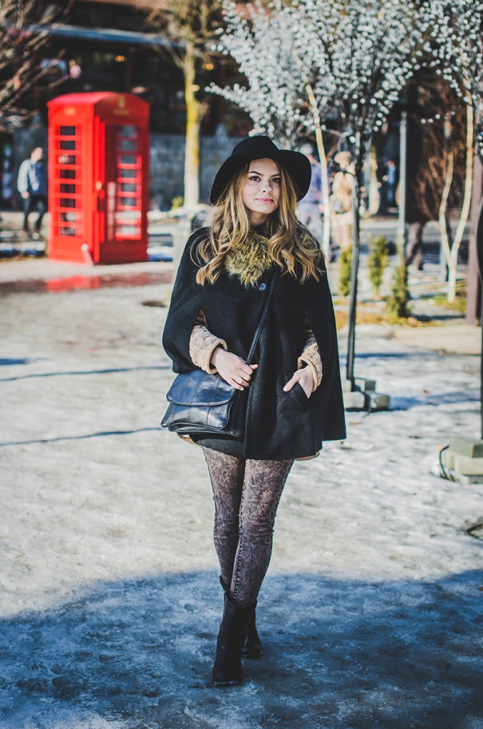 black-cape-fur-collar-hat-knitt 2