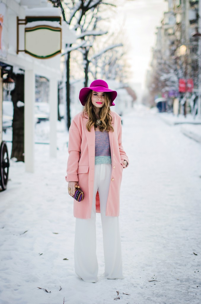pastel-outfit-winter-white-wide-pants-pink-coat-pink-hat 5