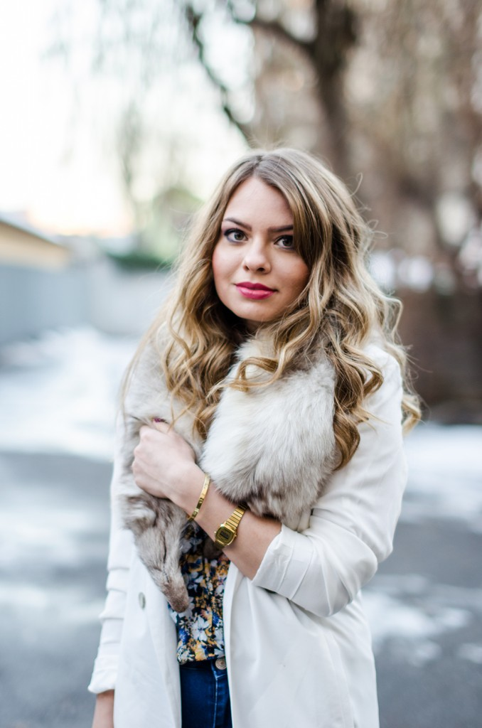 white-blazer-fur-collar-blonde-curls-casio-watch
