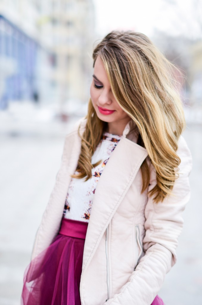 burgundy-tulle pink leather jacjet - blonde