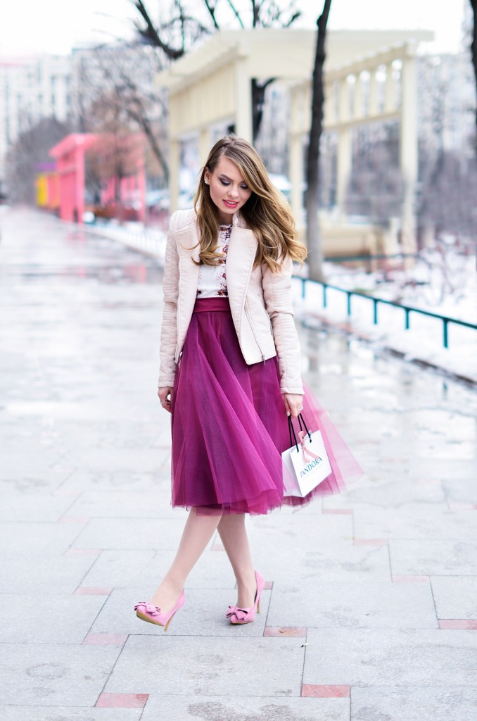 burgundy tulle skirt pink romantic outfit bow shoes 3