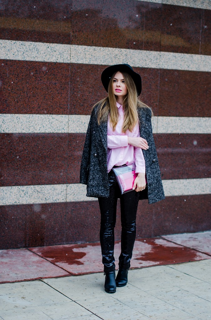 glitter pants pink shirt oversized grey coat black hat snow 3