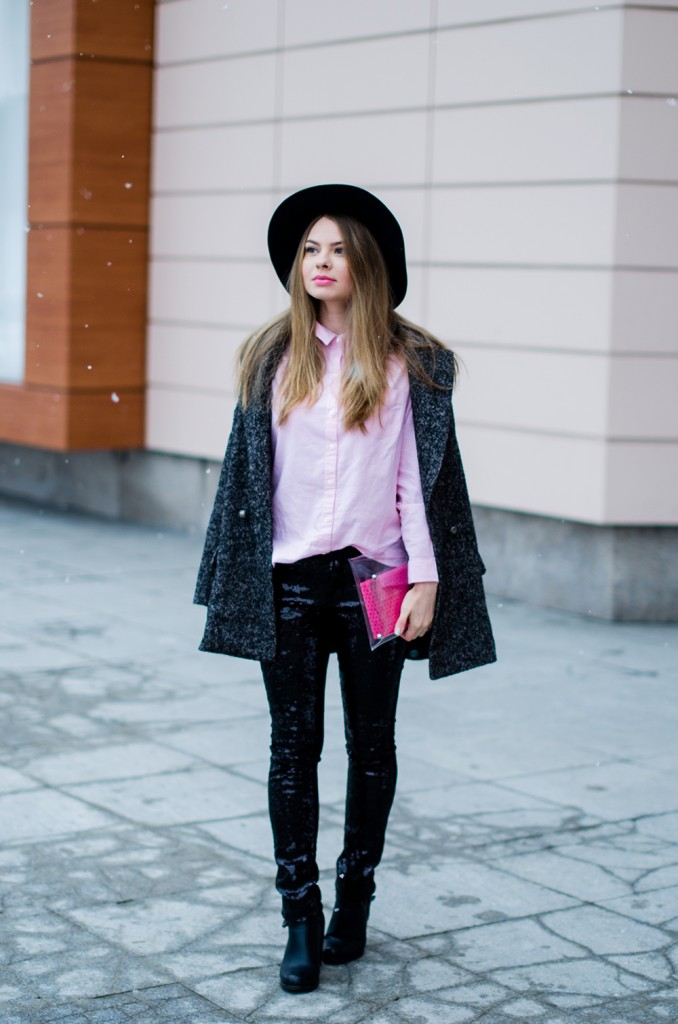 glitter pants pink shirt oversized grey coat black hat snow 8