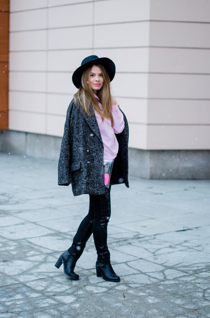 glitter pants pink shirt oversized grey coat  snow 3