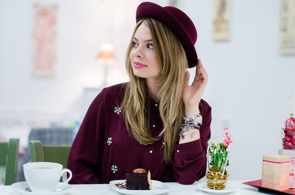 marsala-embellished-shirt-hat-tea-house-coffee 4