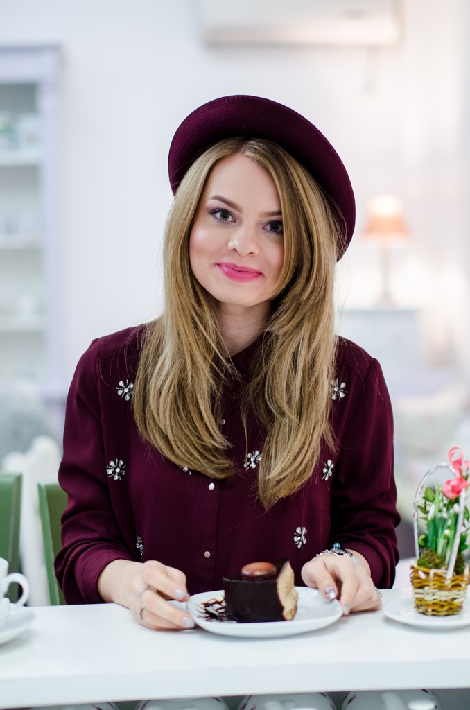 marsala-embellished-shirt-hat-tea-house-coffee 5