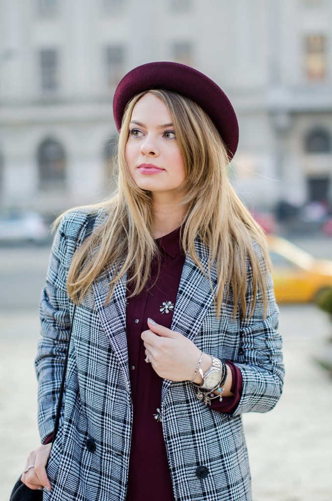marsala-shirt-marsala-hat-white-sneakers-black-and-white-coat (1)