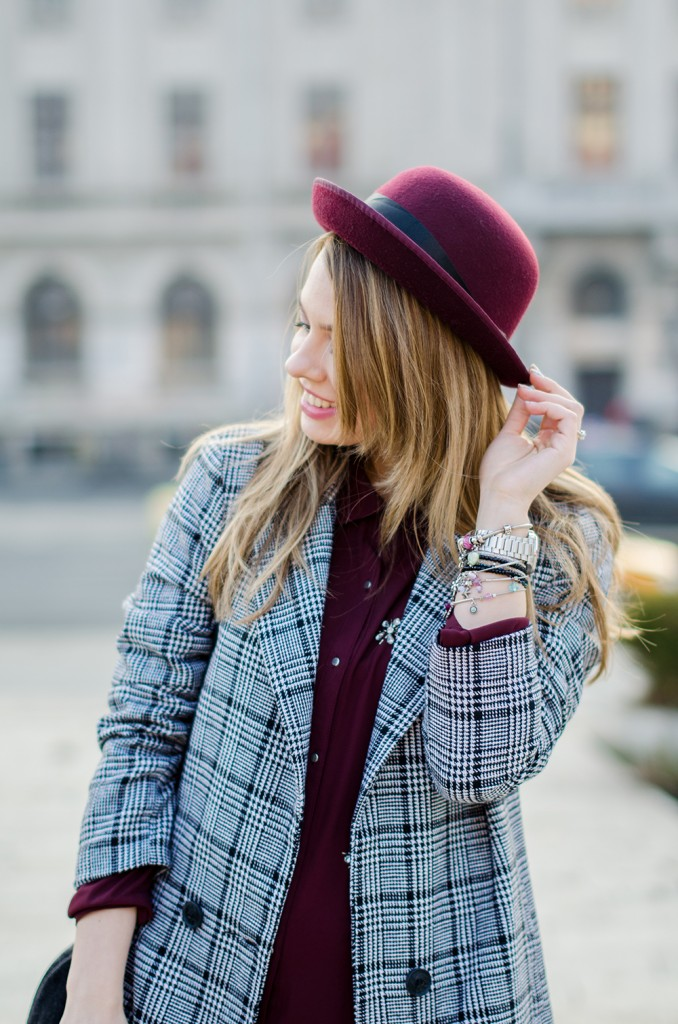 marsala-shirt-marsala-hat-white-sneakers-black-and-white-coat (3)