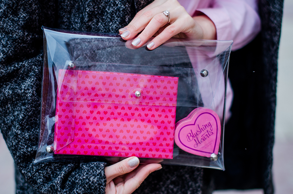 transparent clutch hearts