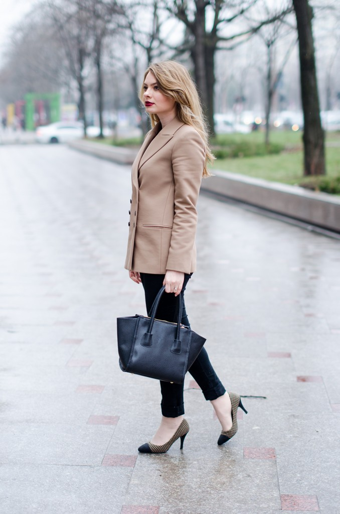 zara-camel-overcoat-oversized-coat-winter-outfit 4