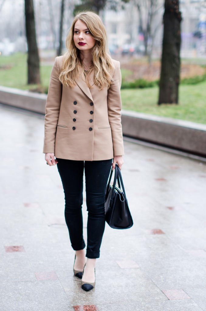 zara-camel-overcoat-oversized-coat-winter-outfit 5