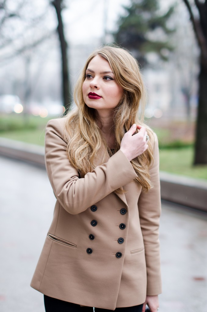 zara-camel-overcoat-oversized-coat-winter-outfit 6
