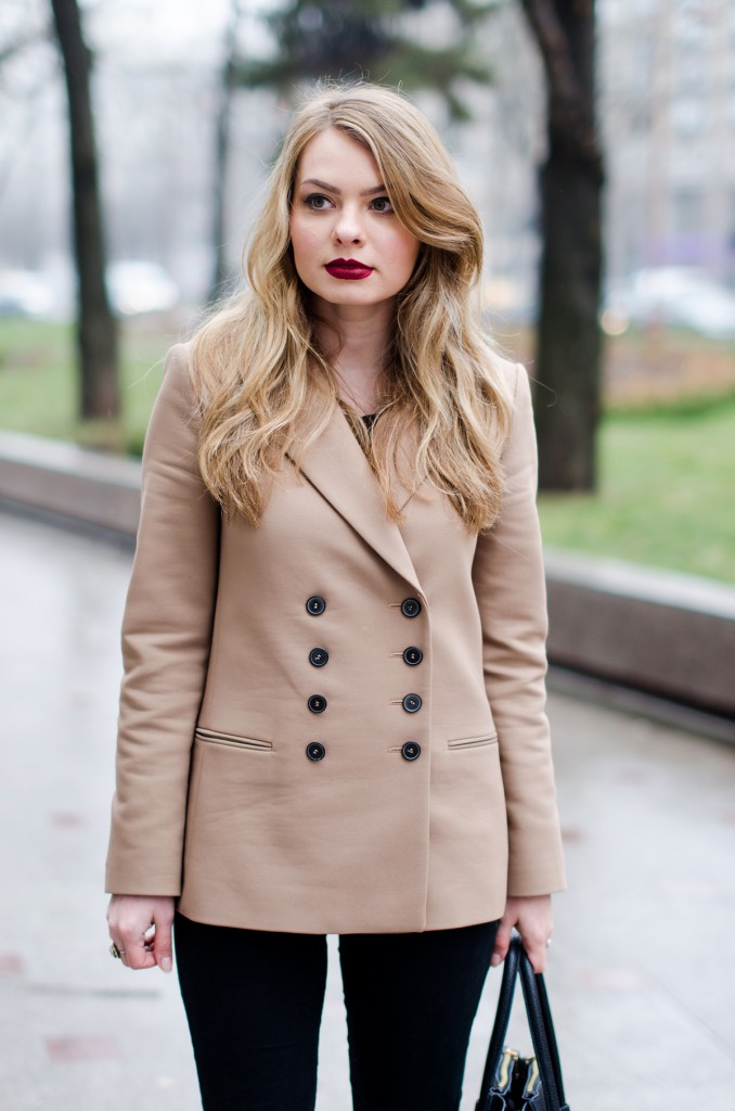 zara-camel-overcoat-oversized-coat-winter-outfit 9