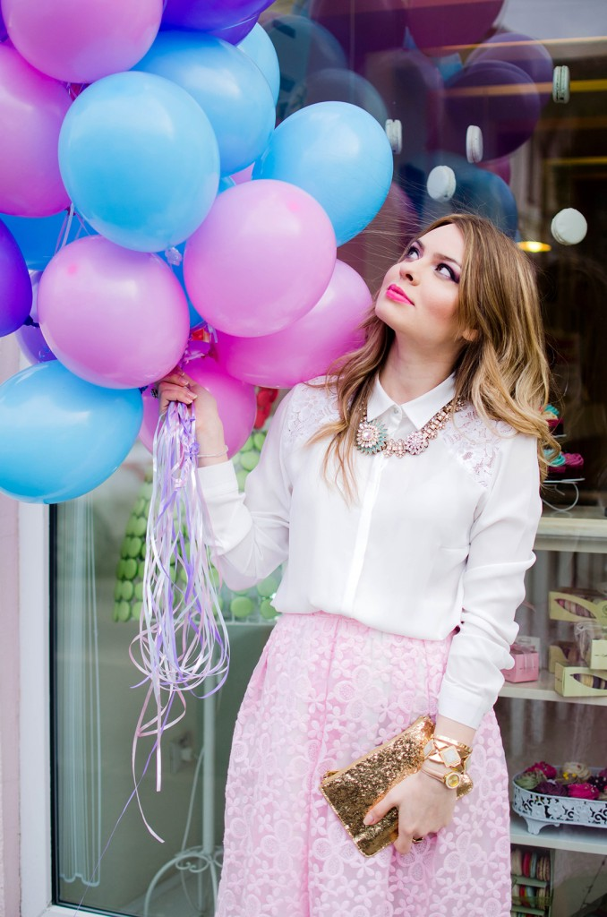 spring-outfit-pink-floral-embroidered-midi-skirt-white-shirt-baloons-feminine-pink-heels-pink-wish-oana-nutu (13)