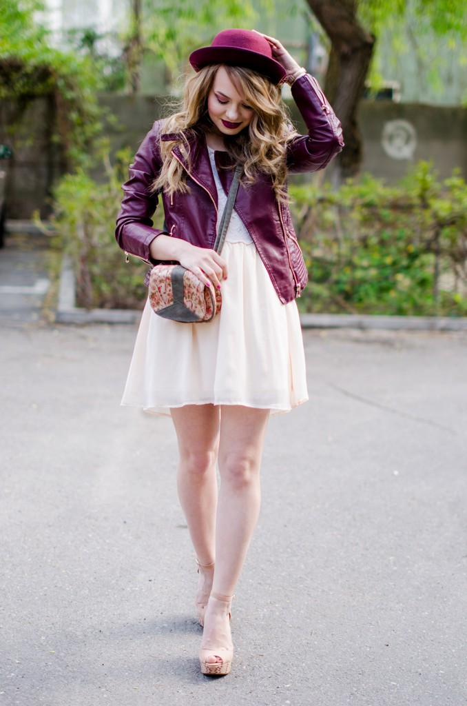 burgundy-leather-jacket-bershka-pink-sandals-burgundy-hat-powdery-pink-feminine-dress-h&m-outfit-pink-wish (5)