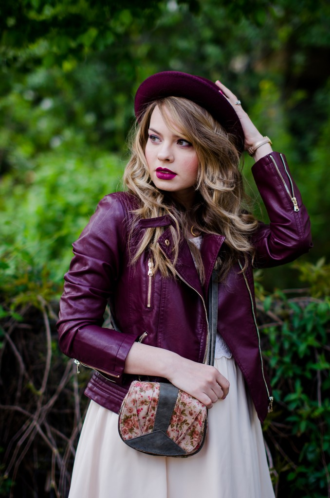 burgundy-leather-jacket-bershka-pink-sandals-burgundy-hat-powdery-pink-feminine-dress-h&m-outfit-pink-wish (6)
