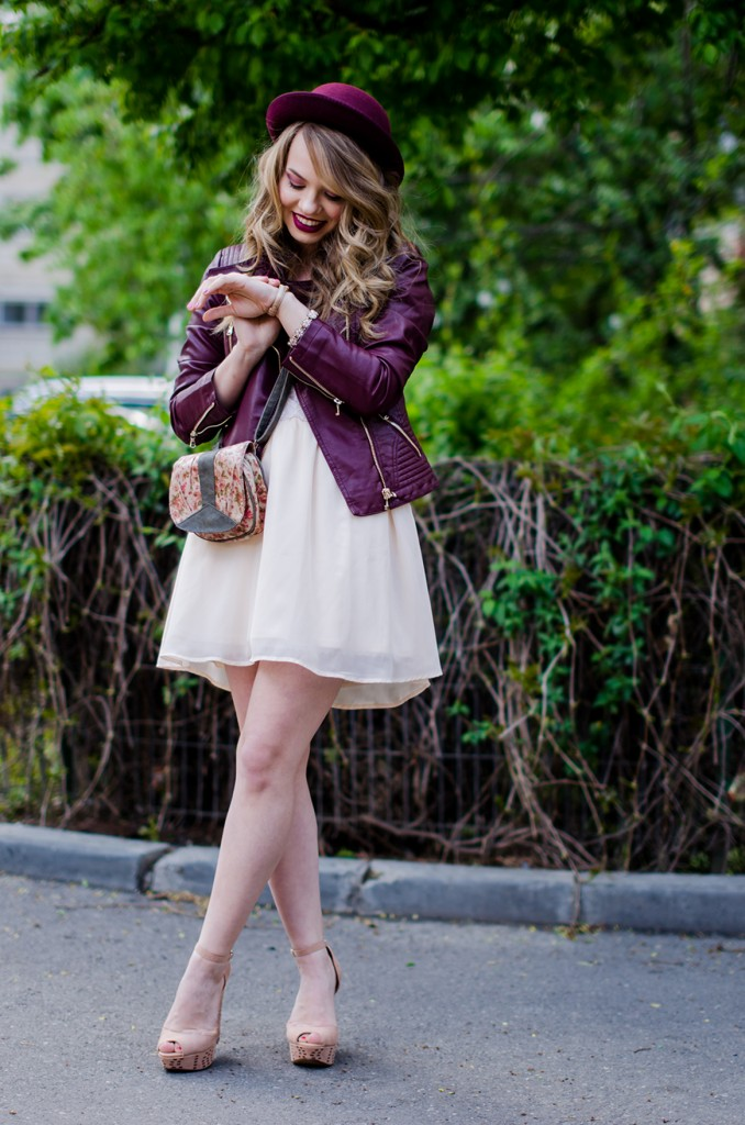 burgundy-leather-jacket-bershka-pink-sandals-burgundy-hat-powdery-pink-feminine-dress-h&m-outfit-pink-wish (8)
