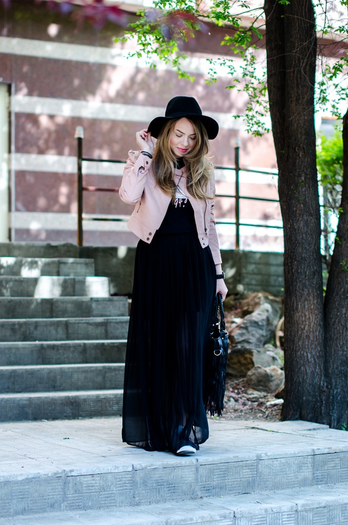 powder-pink-leather-jacket-long-black-skirt-black-hat-adidas-sneakers-fringe-bag-outfit-fashion-pink-wish (11)