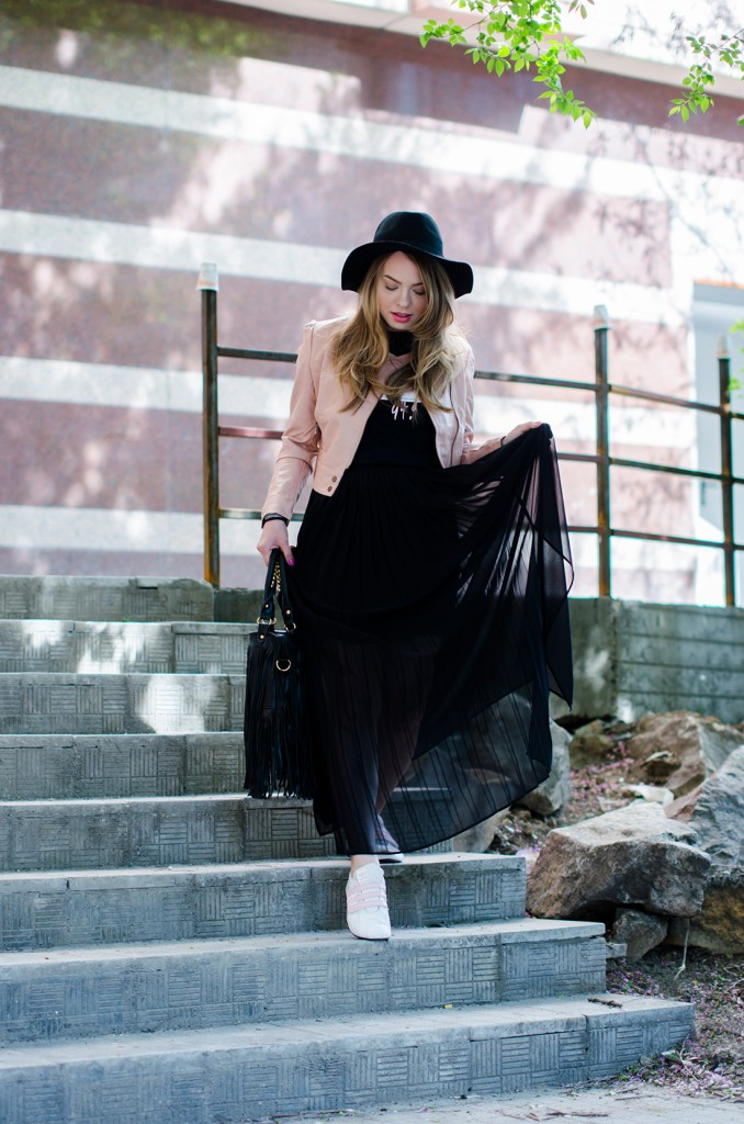 powder-pink-leather-jacket-long-black-skirt-black-hat-adidas-sneakers-fringe-bag-outfit-fashion-pink-wish (12)