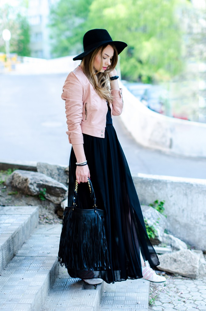 powder-pink-leather-jacket-long-black-skirt-black-hat-adidas-sneakers-fringe-bag-outfit-fashion-pink-wish (14)