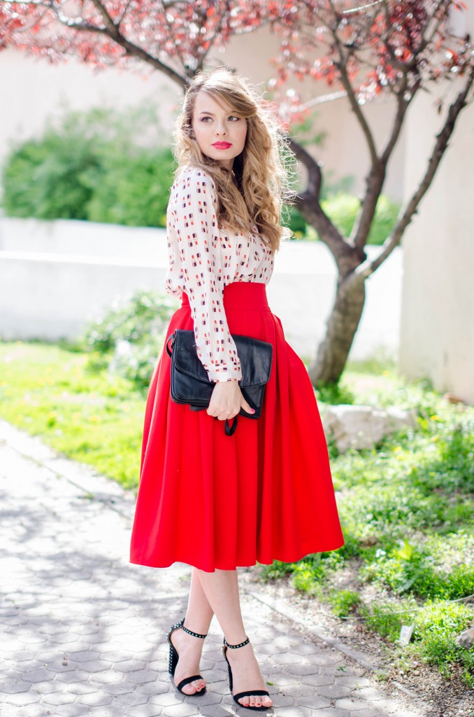 red-midi-skirt-lipstick-blouse-leather-jacket-zara-sanldas-outfit-fashion-pink-wish (9)