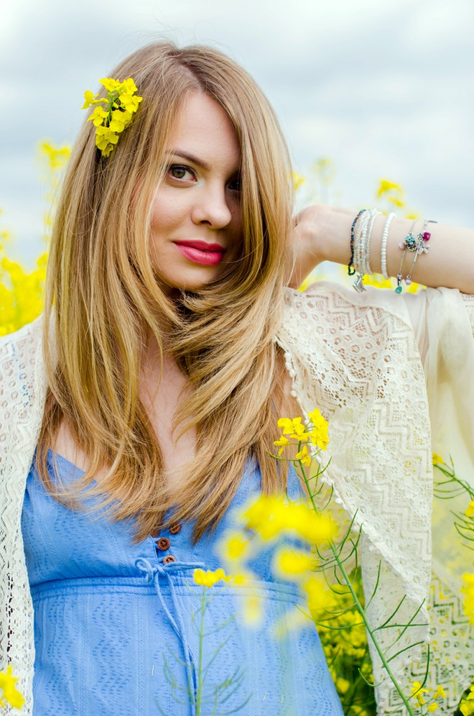 rape-field-yellow-blue-dress-bohemian-outfit-lace-fashion-blonde-pink-wish (21)