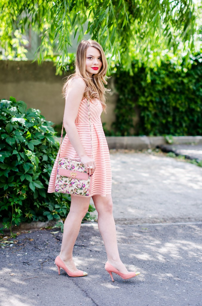sheinside-mini-pink-peach-dress-floral-bag-outfit-fashion-pink-wish (5)