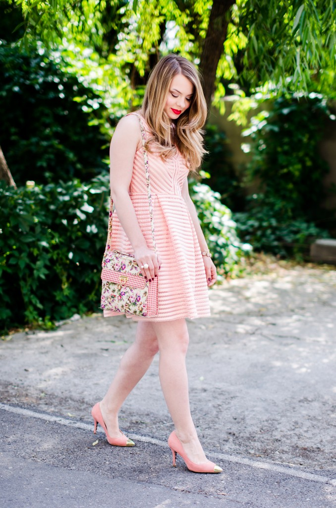 sheinside-mini-pink-peach-dress-floral-bag-outfit-fashion-pink-wish (8)