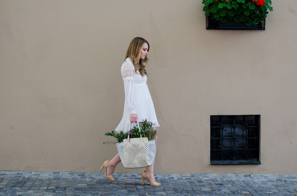 sheinside-white-lace-dress-romantic-outfit-fashion-flowers-spring-bohemian (15)