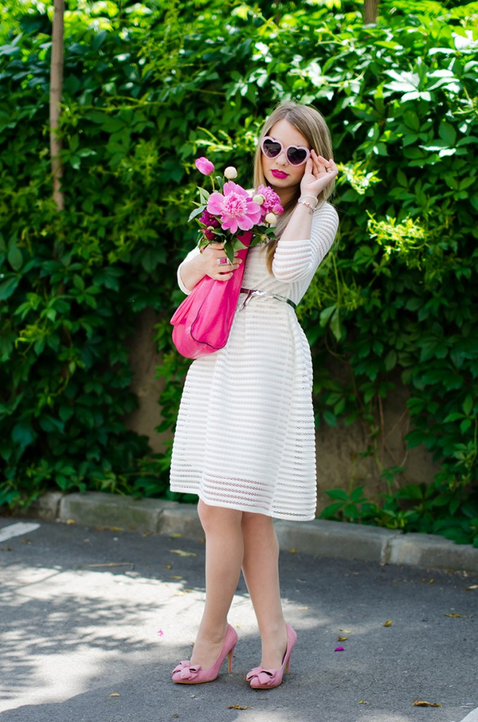 sheinside-white-midi-dress-pink-bow-heels-peonies-pink-feminine-outfit (15)