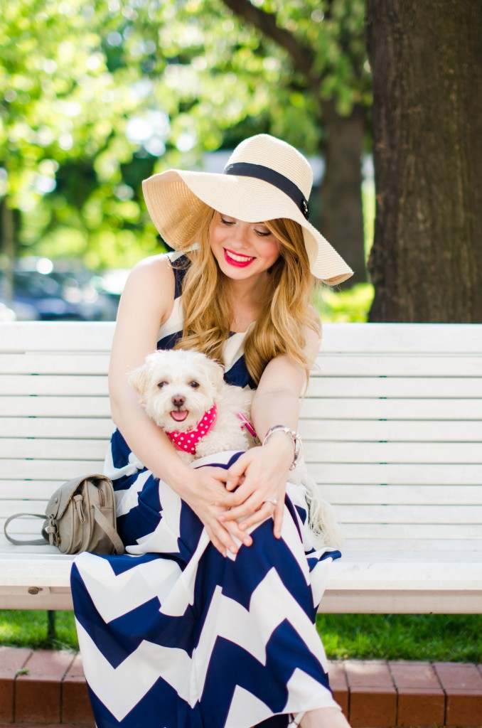 chevron-maxi-dress-white-blue-sun-hat-summer-outfit-fashion-pink-wish (2)