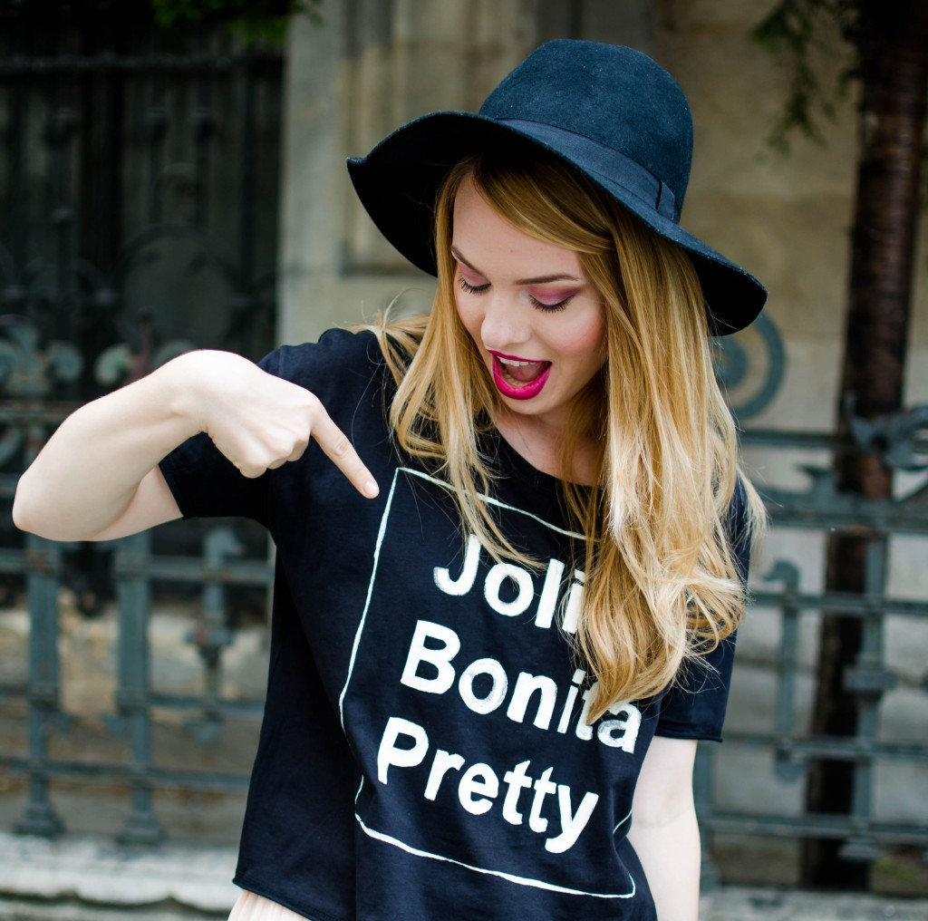 pink-long-dress-black-tshirt-bonita-jolie-pretty-black-hm-hat-17