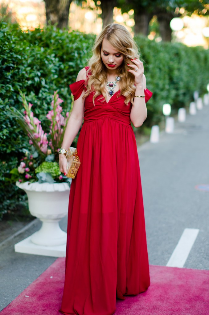 shein-red-maxi-dress-zara-statement-necklace-wedding-outfit (2)