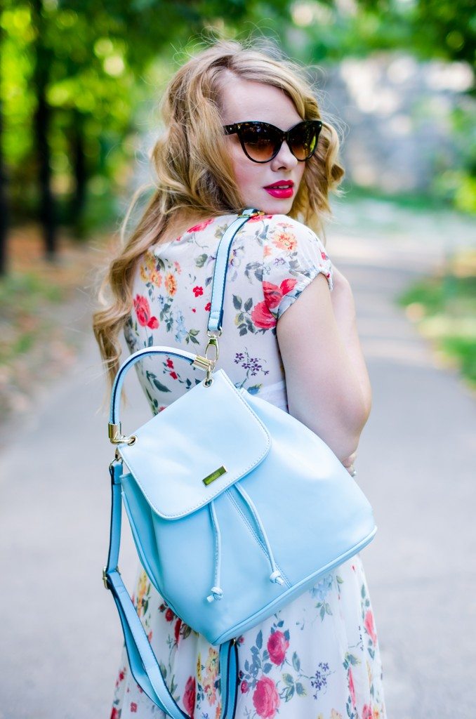 zara-floral-dress-zaful-baby-blue-backpack-zerouv-cateye-sunglasses-red-flats (15)