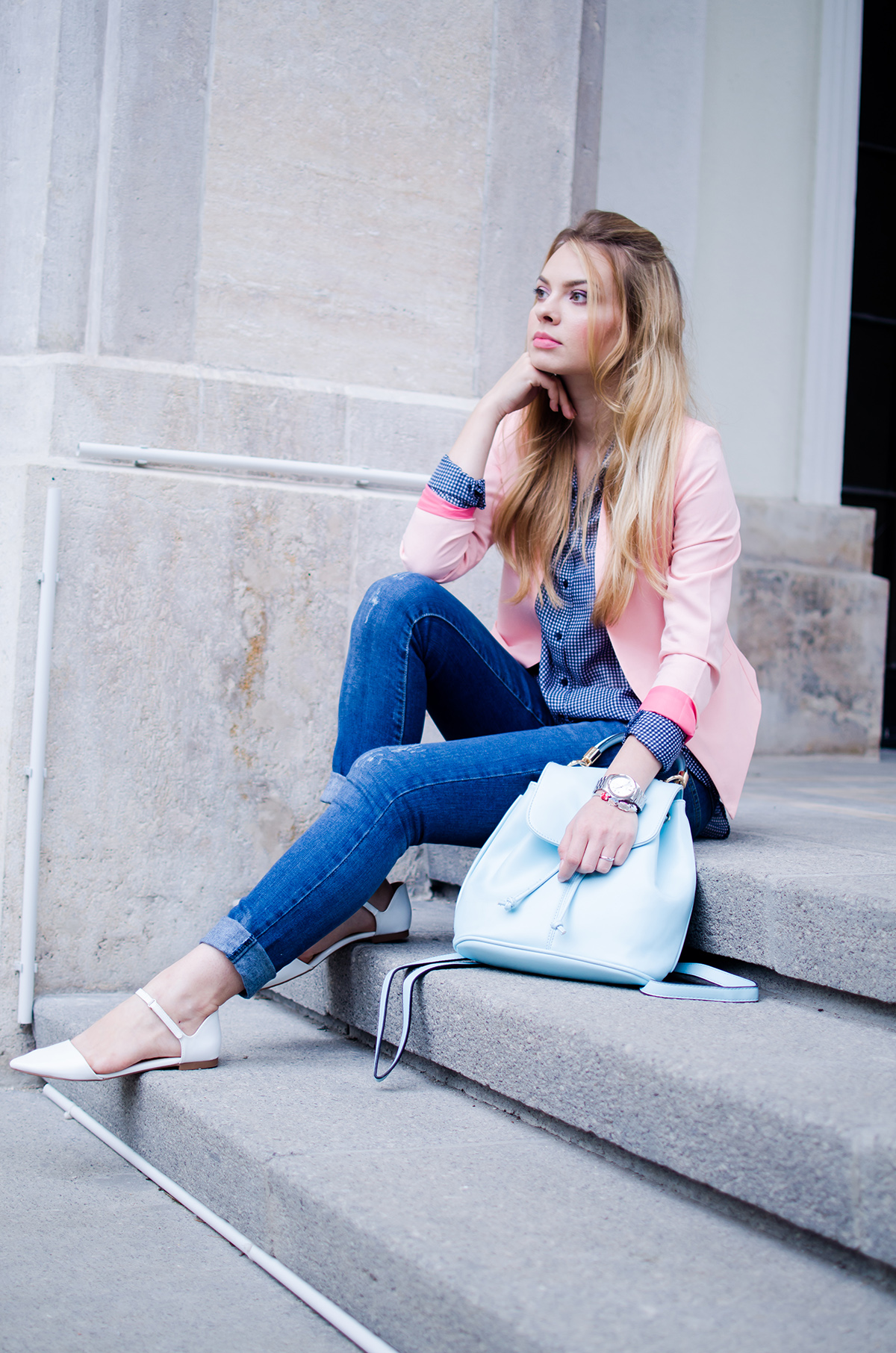 pink-blazer-skinny-jeans-white-pointed-flats-blue-backback-back-to-college (11)