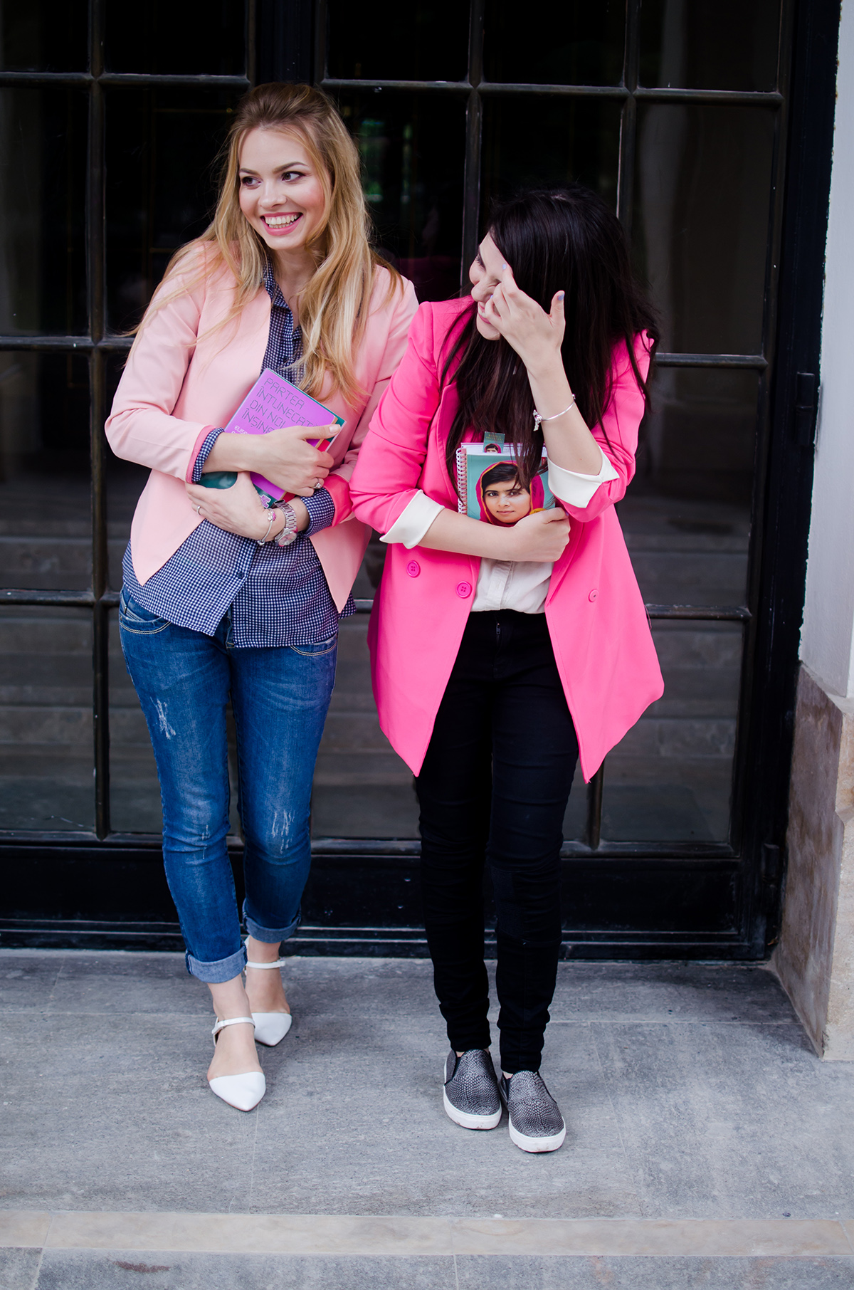 pink-blazer-skinny-jeans-white-pointed-flats-blue-backback-back-to-college (5)