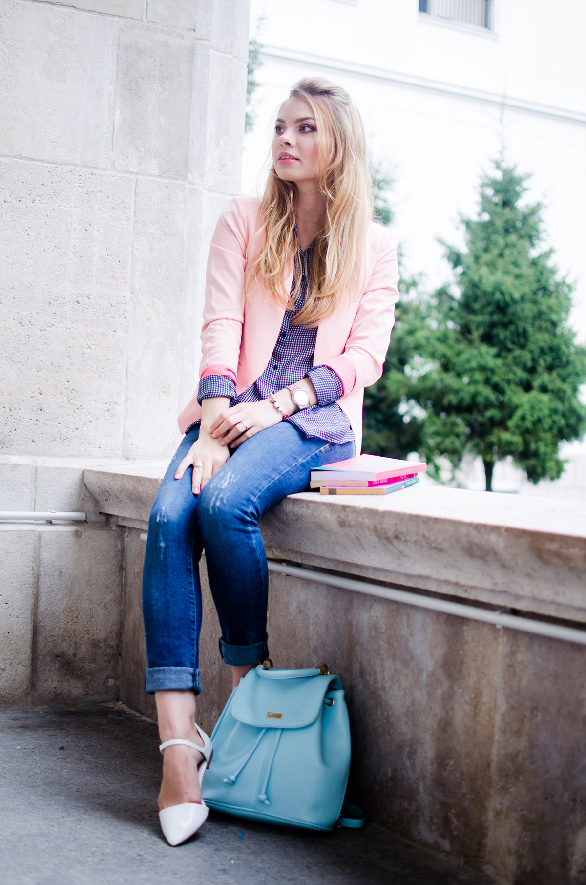 pink-blazer-skinny-jeans-white-pointed-flats-blue-backback-back-to-college (7)
