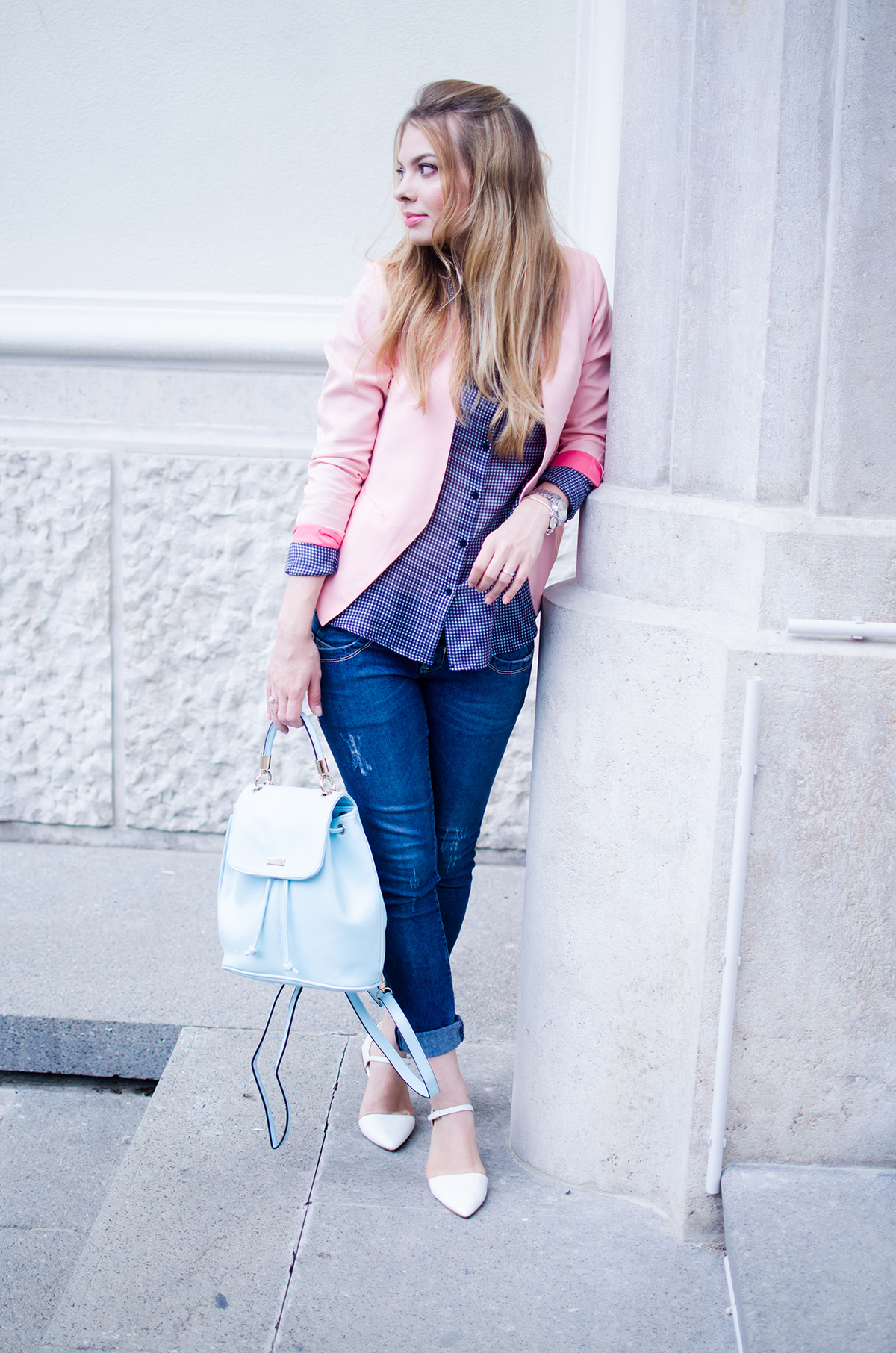pink-blazer-skinny-jeans-white-pointed-flats-blue-backback-back-to-college (8)