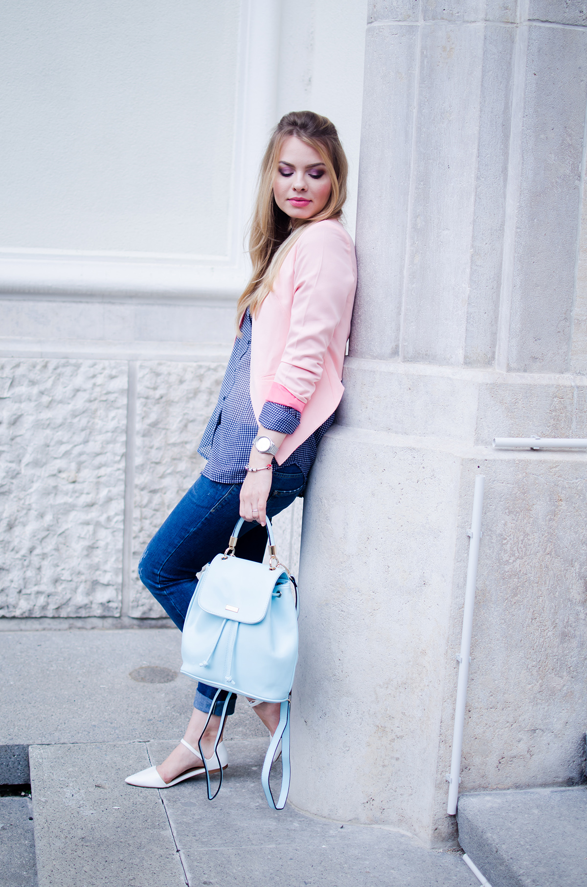 pink-blazer-skinny-jeans-white-pointed-flats-blue-backback-back-to-college (9)