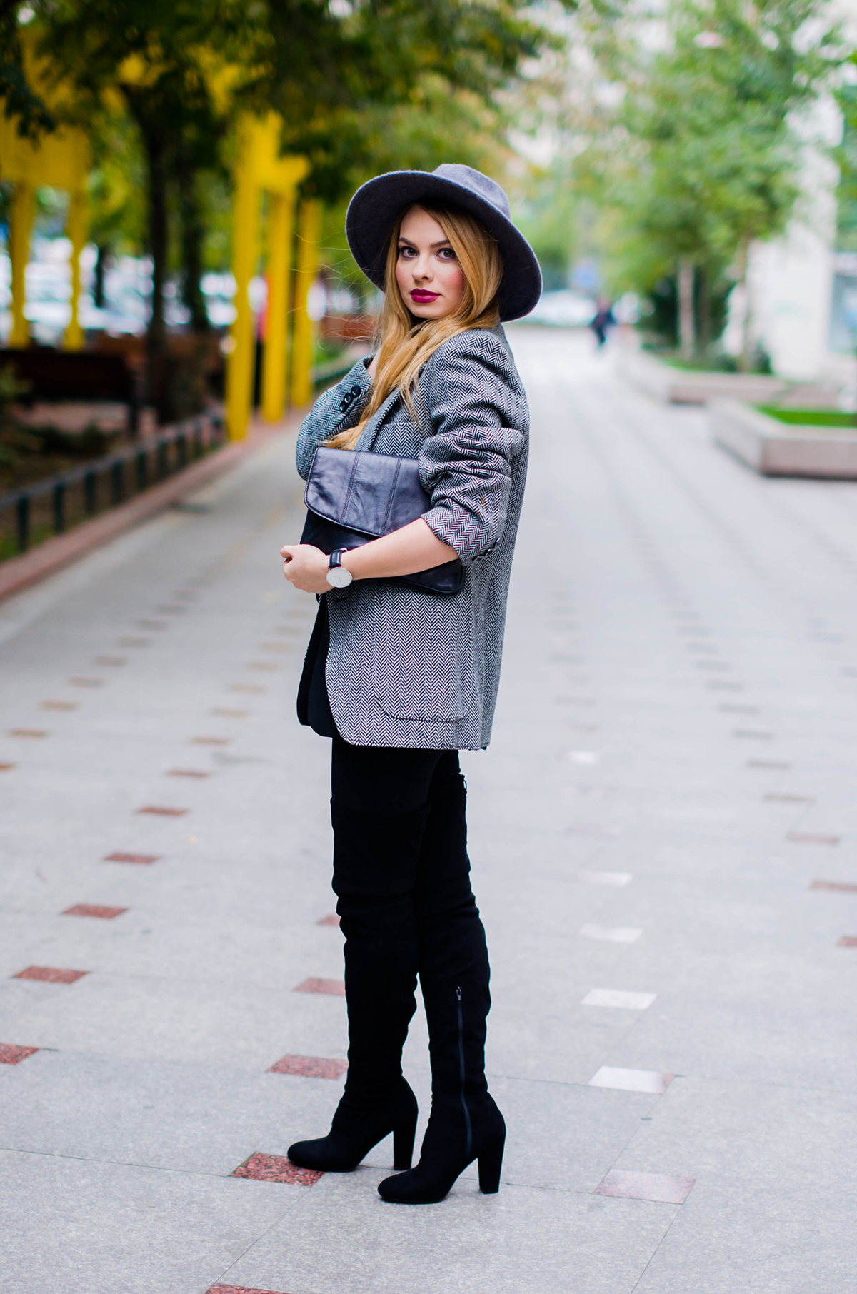 all-black-outfit-asos-over-the-knee-boots (2)