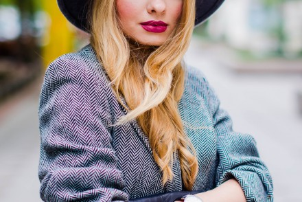 grey-wool-hat-wool-black-and-white-jacket-burgundy-lips (2)