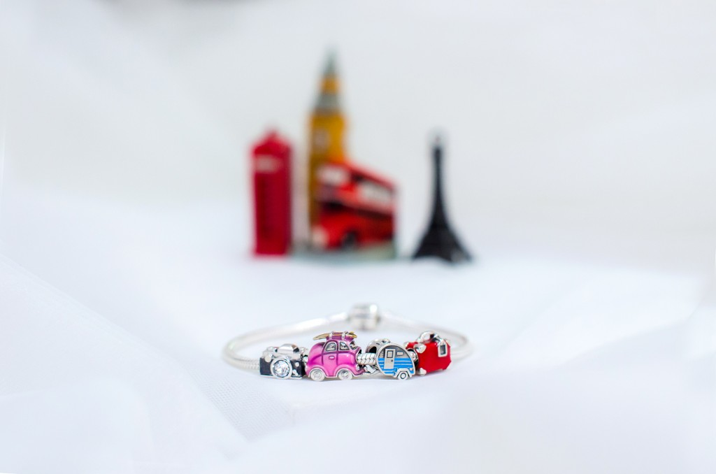 soufeel-bracelet-travel-charms-luggage-camera-pink-wish (2)