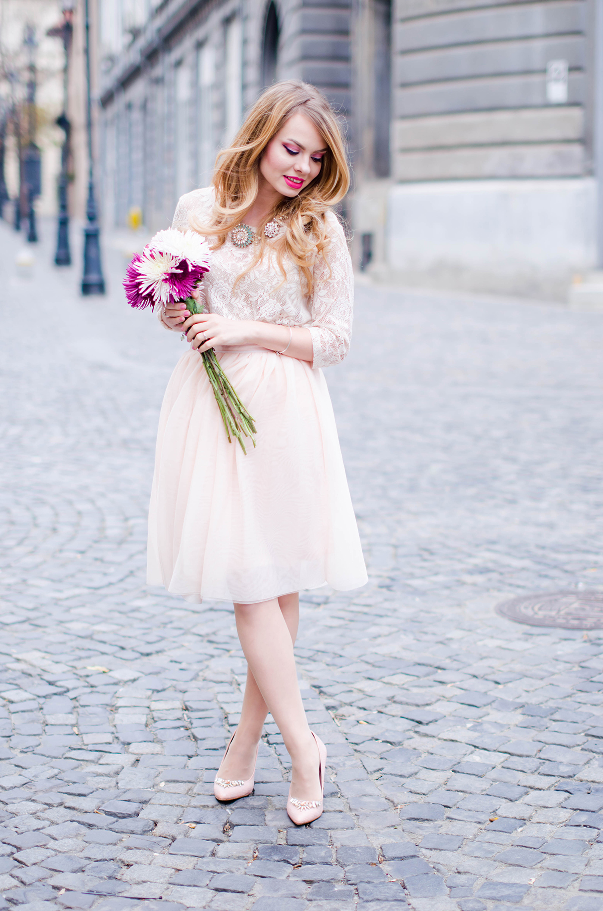 pastel-pink-tulle-skirt-lace-blouse-pink-flowers-feminine-outfit-embellished-pink-heels (1)