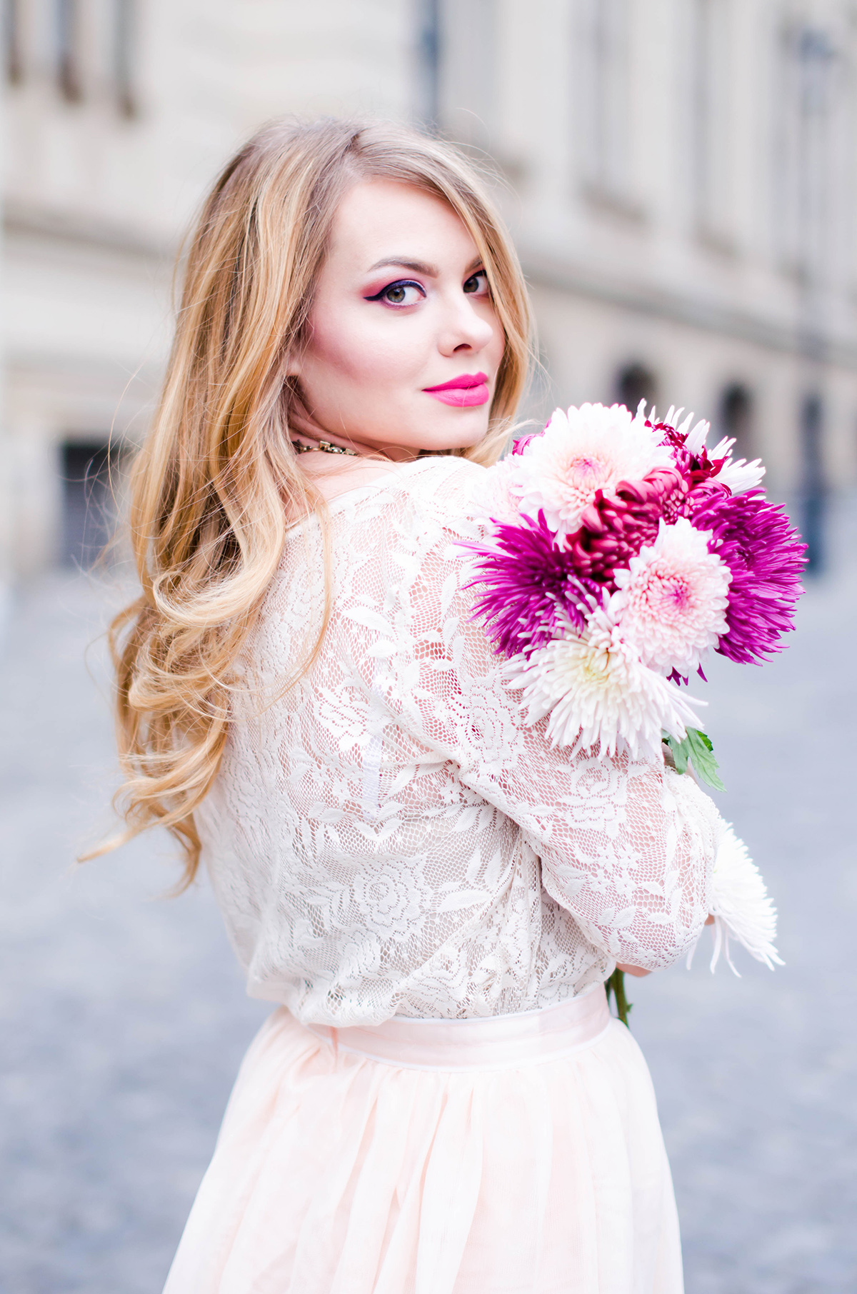 pastel-pink-tulle-skirt-lace-blouse-pink-flowers-feminine-outfit-embellished-pink-heels (12)